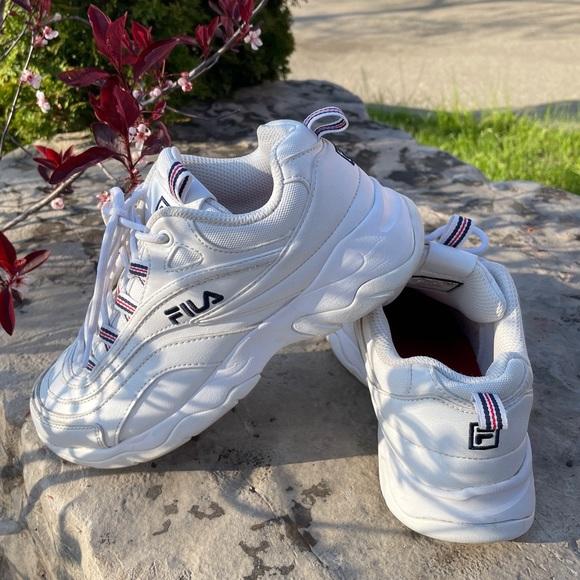 "Women's FILA Filaray ""White"" Size 6.5 Shoes"